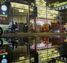 Ít nhất 50 công dân Trung Quốc đã bị bắt giữ tại Campuchia liên quan đến cuộc trấn áp mại dâm ở tỉnh Sihanoukville. Ảnh: Bloomberg