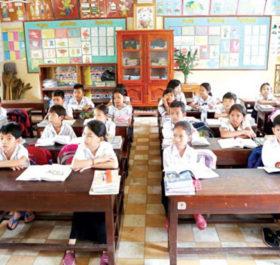 Một lớp tiểu học tại Campuchia
