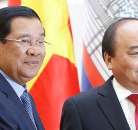 Thủ tướng Vương quốc Campuchia Samdech Dekchor Hun Sen và Thủ tướng Nguyễn Xuân Phúc.