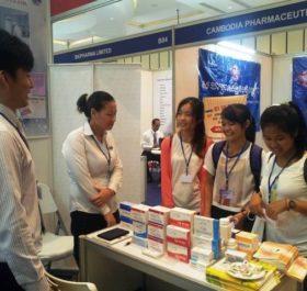 Buổi triển lãm các sản phẩm y-dược tại Campuchia.