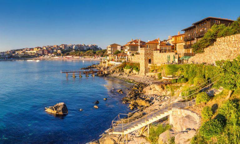 Định cư Bulgaria trở thành công dân châu Âu, một hướng đi mới?