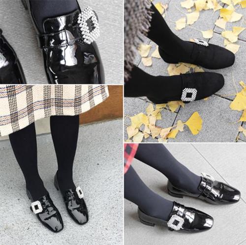 Giày đính đá ngọc trai