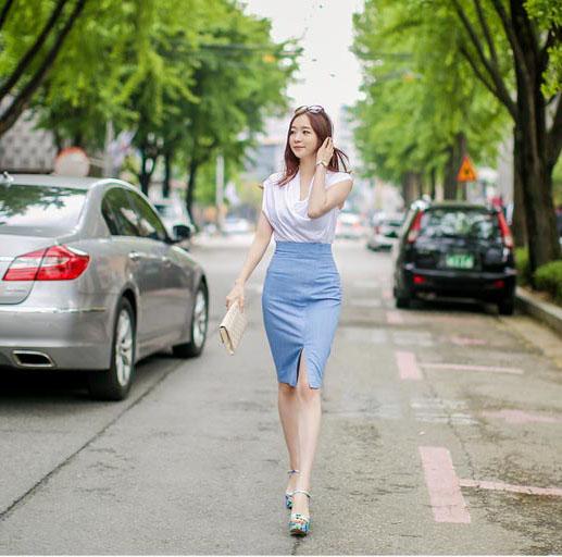 Chân váy bút chì là sự lựa chọn lý tưởng nhất cho nhiều chị em phụ nữ công sở.