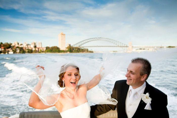 Định cư Úc diện kết hôn