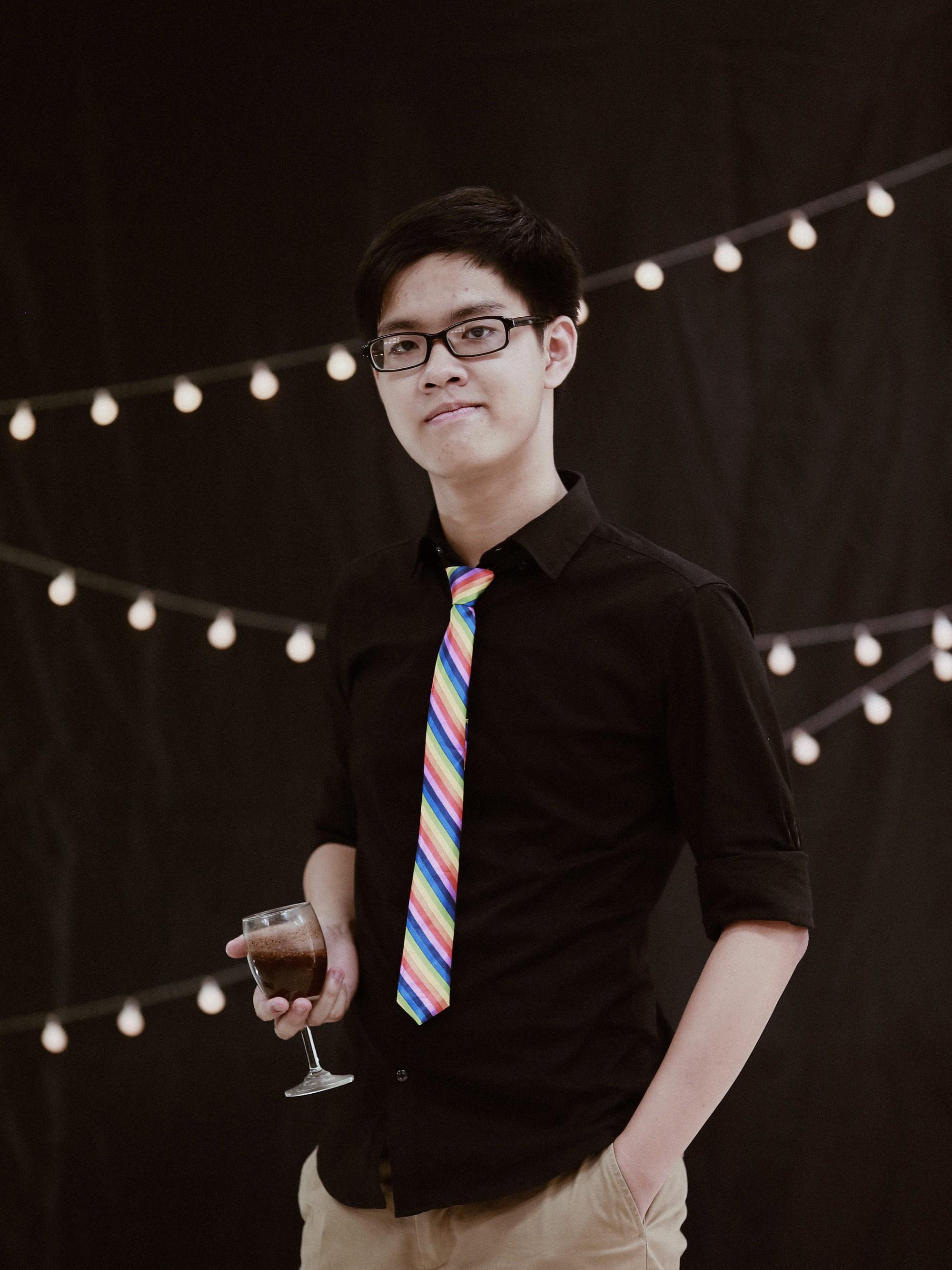 Chàng trai 19 tuổi Trần Nam Khánh