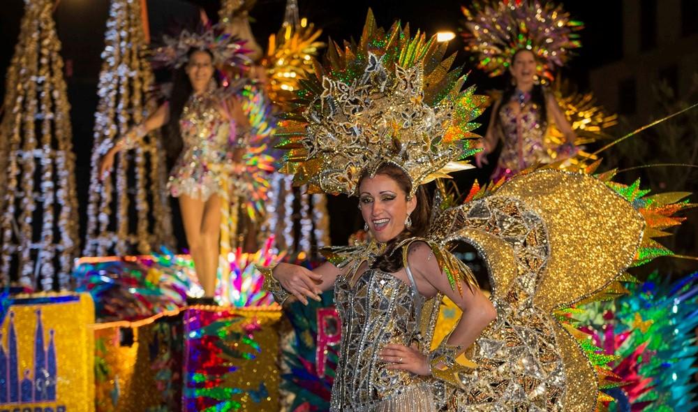 Lễ hội diễu hành Carnaval ở Bồ Đào Nha