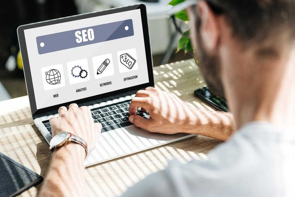 SEO là giải pháp tối ưu website để website có thể dễ dàng hơn trong việc tìm kiếm trang web.