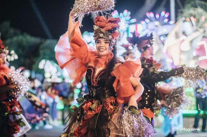 Cô vũ công xinh đẹp