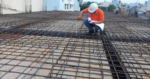 Cần phải sử dụng thêm các gối kê để tạo lớp bảo vệ bê tông sàn